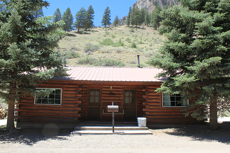 A & B Cabins